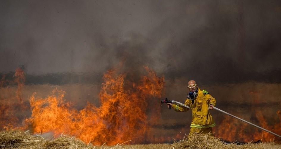 آتش سوزی در شهرک های صهیونیست نشین اطراف غزه